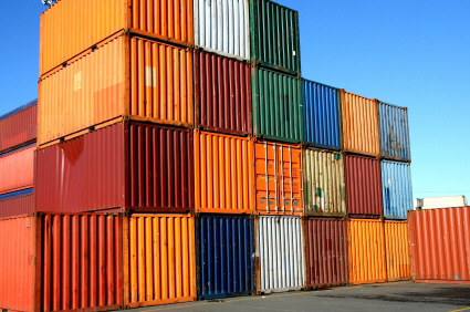 shipping containers facilitate international commercial trade